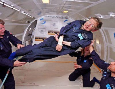 """""""Addio Stephen Hawking, dai buchi neri alla lotta contro le barriere"""" di Maria Gabriella Ceravolo"""